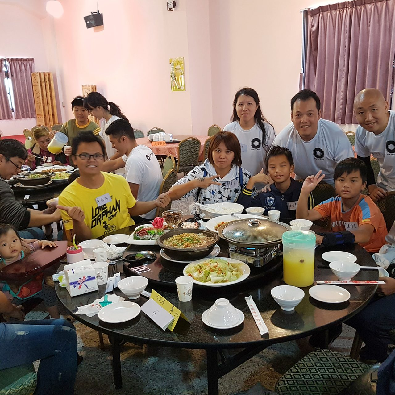 Taipei staff organised events with the local Orphan Welfare Foundation